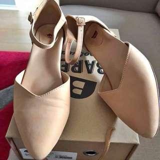 Bared Footwear Brolga