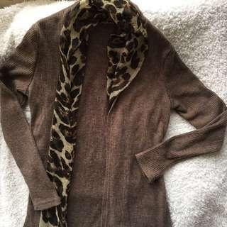 🚚 豹紋絲巾咖啡色針織罩衫 #十月女裝半價