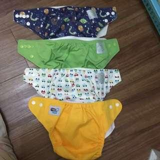 4pcs. Clothe diapers