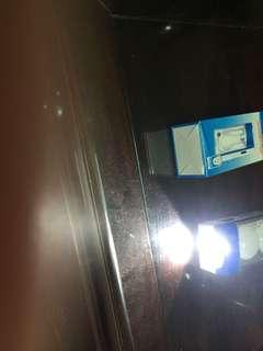 🚚 手持式照明燈
