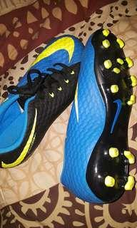 Nike 6Y Football Soccer Boots As New
