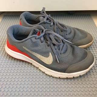 Girl's Nike Shoes