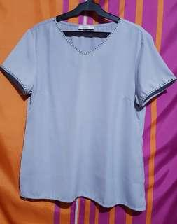 Sakaya Blouse (Light Gray)