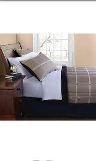 USA COMPLETE BEDDINGS WITH THICK COMFORTER