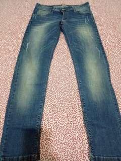 🚚 Amykey淺藍色刷白牛仔褲(意大利製)