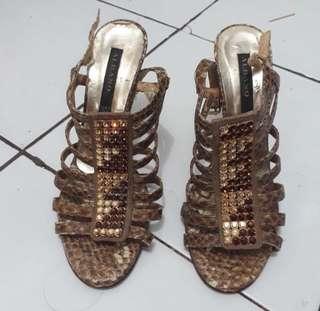 Heels Original
