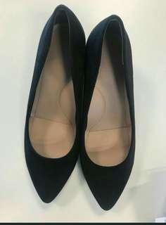 heel shoes by uniqlo