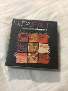 🚚 Huda beauty 眼影 色號warm brown