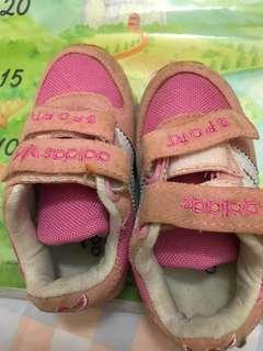 🚚 二手童鞋適3歲