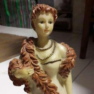 Porcelain Lady