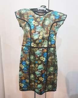 Floral dress! 😍