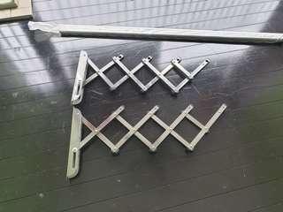 🚚 Extendable Clothes Hanging rails