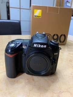 Nikon D90 Body 連 Grip 直倒 9成新
