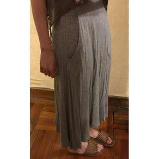純色淺灰色 薄質地 輕身 長裙 斯文優雅