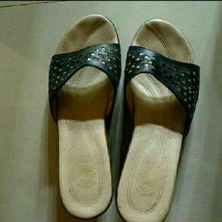 Sepatu Wedges Nyaman