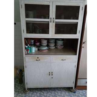 Cash & Carry in Taiping, Perak - Kitchen Cupboard
