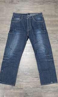 Jeans Levi Strauss