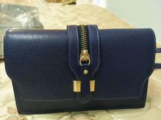 🚚 【極新】意大利製 真皮包 可斜背/肩背(genuine leather borse in pelle)