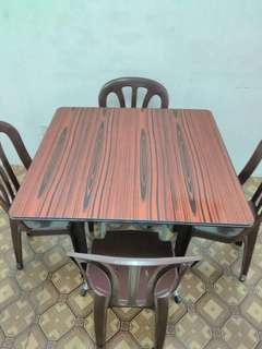 Portable Dining Table with Plastic Chairs