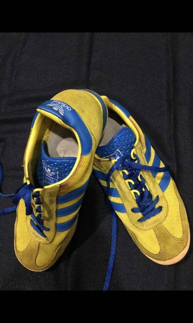 huge selection of dcee0 a196a Adidas Vintage SL76...made in slovenia, Men s Fashion, Footwear, Slippers    Sandals on Carousell