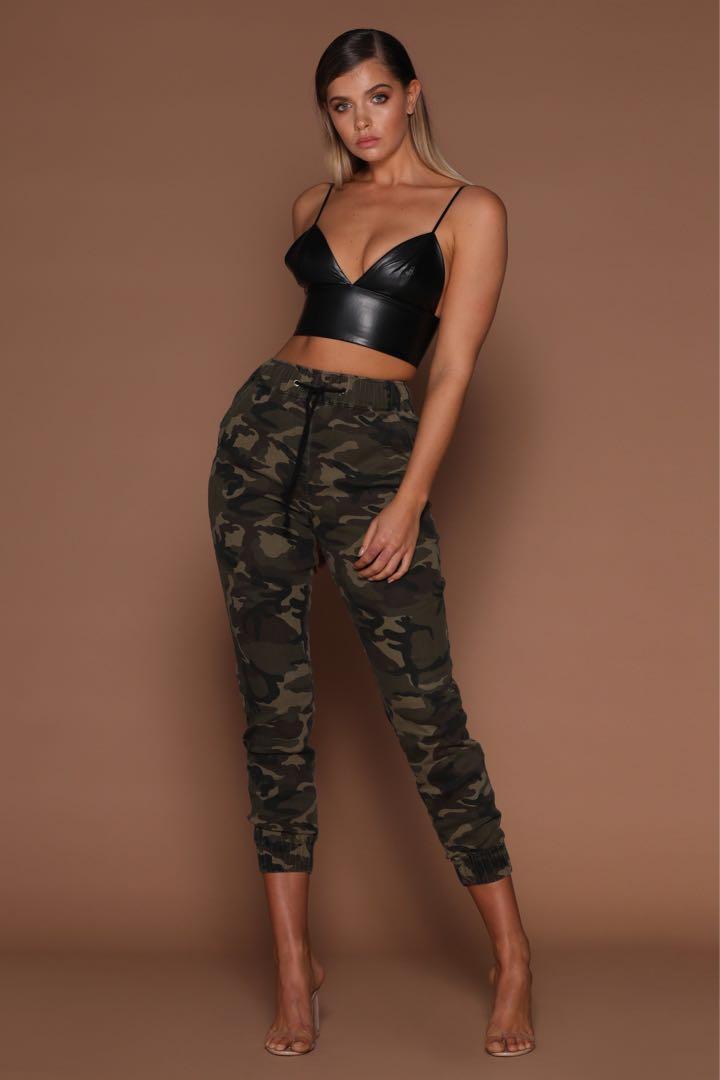 Meshki Camo Pants Size XS/AU6