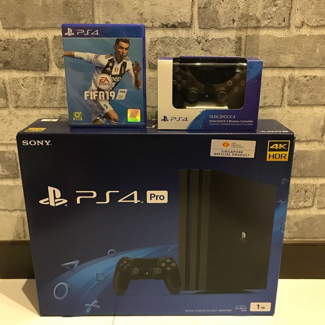 [NEW] PS4 Pro FIFA 19 + Additional Controller Bundle