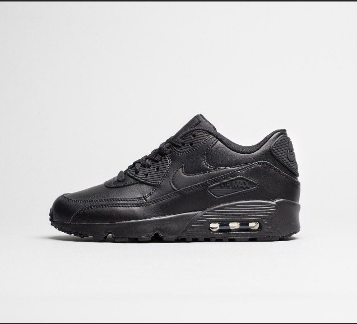 sneakers for cheap 7d32a 853d8 Nike Air Max 90 Triple Black US8