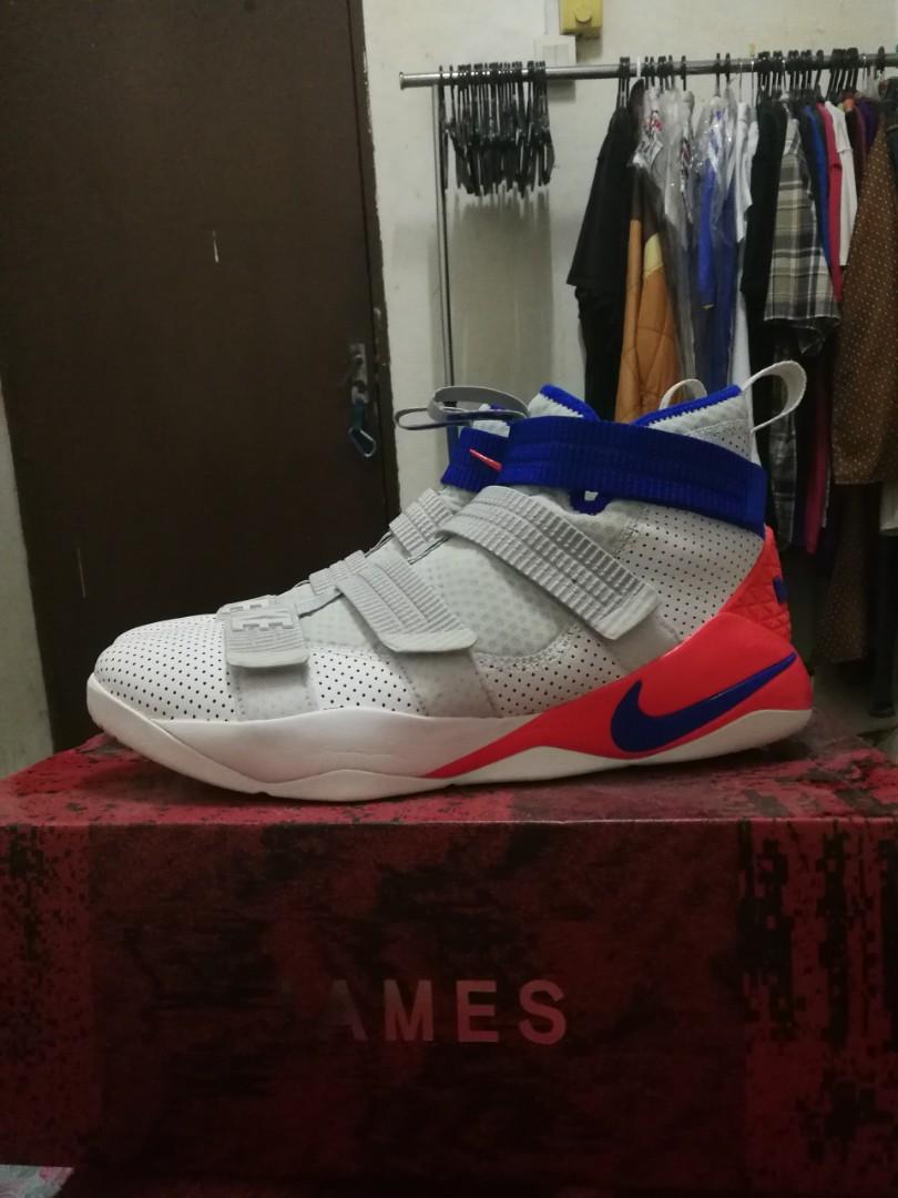 best loved f2a16 f84f3 Nike Lebron James Soldier XI FSG, Men s Fashion, Footwear, Sneakers ...