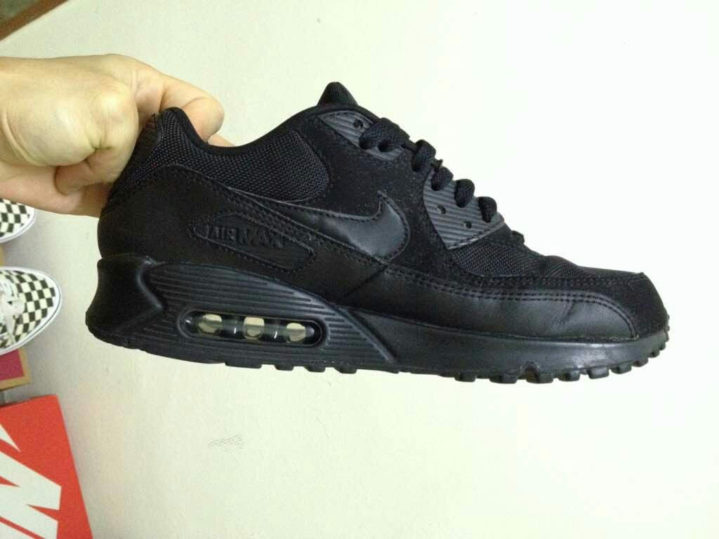 new product 0983a c72aa Reserved) Nike air max 90 blackout (JD Sports), Men s Fashion ...