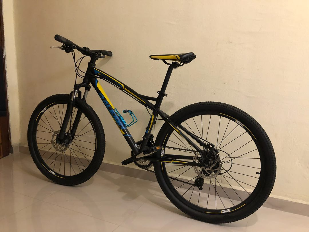 ae3669cfe43 Raleigh Mountain Bike, Sports, Bicycles on Carousell