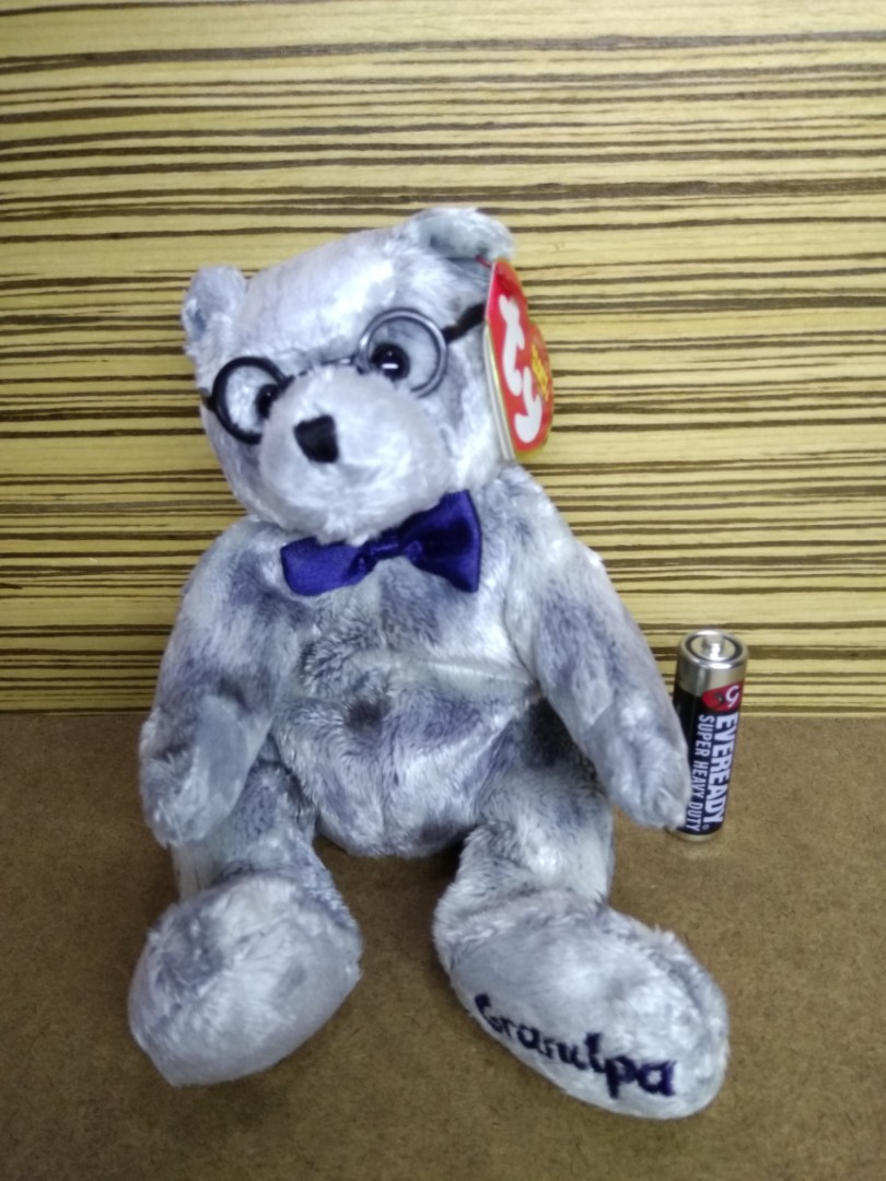 40d1f9c9de8 Ty Beanie Baby – Grandfather Bear