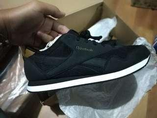 Reebok classic inspired black brown size 45 BNIB barang original 100% guarantEe