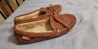 Soft moc  moccasins size 6