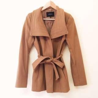 Aritzia Babaton Spencer Coat