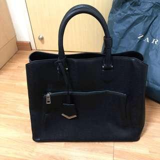 🚚 ZARA Authentic Black Handbag / Sling bag