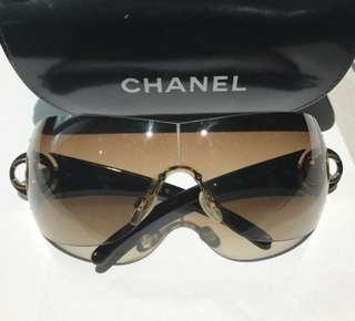 CHANEL Sunnies (authentic)