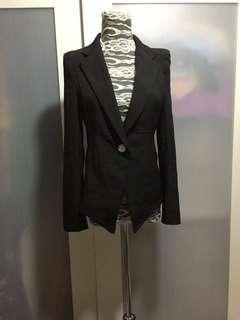 Black blazer, no bargaining