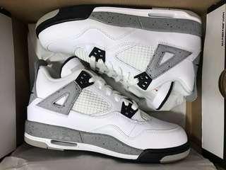 Air Jordan 4 Retro White Cement size 6Y