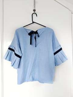 Blue summer top with sleeve detail and velvet ribbon | Size AU 12-14