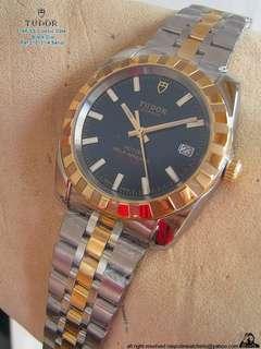 全新品,未使用。帝舵(刁陀)Tudor CLASSIC DATE 18K/SS100M Automatic Watch.约37mm..深黑色面盤