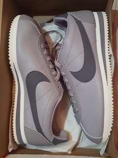 Nike Classic Cortez leather size 9 and 10 US women
