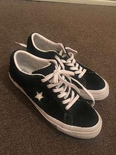 Converse One Stars - PRACTICALLY BRAND NEW