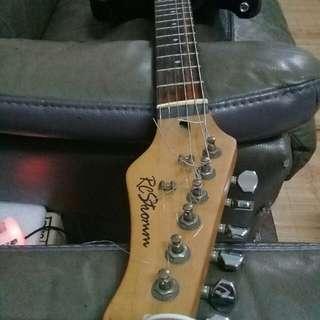 Guitar RC Stromm