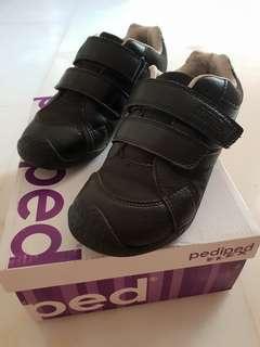 Pediped Black School Shoes Preloved