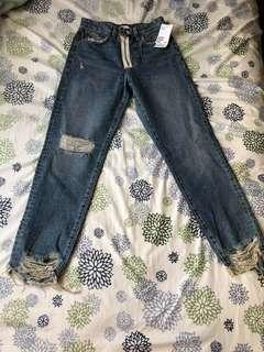 H&M jeans size 4