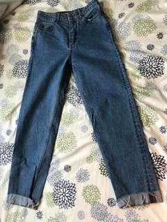 H&M mom jeans size 4