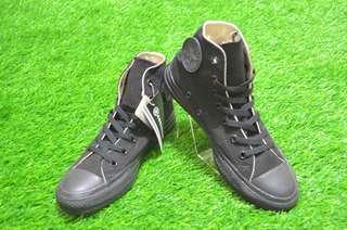 Sepatu Converse All Star Total Black Hi