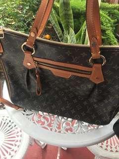 AAA Designer handbag