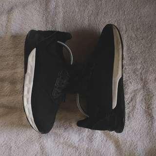 Adidas Falcon Elite 5