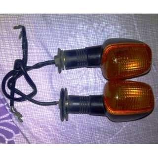 LAMPU SEIN DEPAN YAMAHA R1 2001-2002